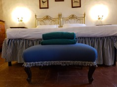 love this bed and the stool!!