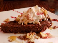 flourless chocolate cake with fig port wine sauce